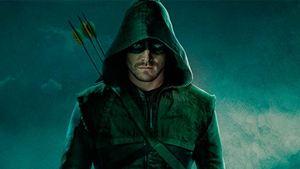 Arrow y Supergirl, juntos en esta imagen del esperado