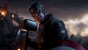 Chris Hemsworth bromea y reconoce que no le gustó que Capitán América levantara el Mjölnir en