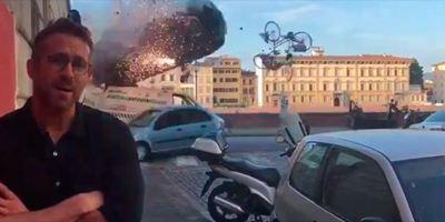 A Ryan Reynolds no le impresionan las explosiones de coches