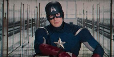 Los fans de Marvel critican a Capitán América por hipócrita
