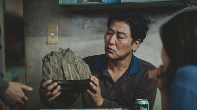 'Parásitos': Bong Joon-ho revela el significado de la roca en la película
