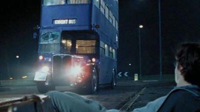 Los autobuses de 'Harry Potter' se usan ahora para transportar personal sanitario en Reino Unido