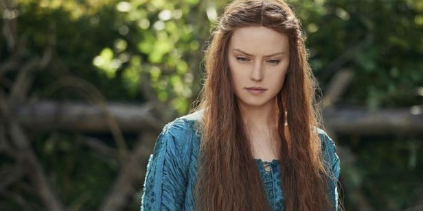 'Ophelia': George MacKay nos da detalles en EXCLUSIVA de la nueva versión de 'Hamlet' con Daisy Ridley como protagonista
