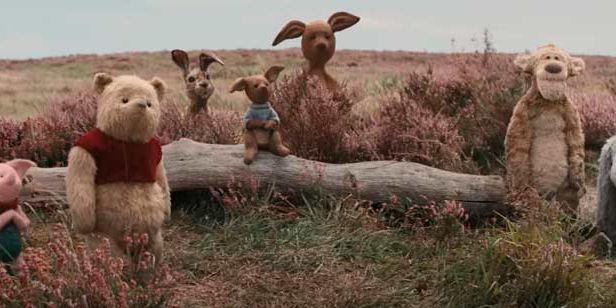 'Christopher Robin': Pooh, Piglet, Igor y Tigger salen del bosque en el nuevo tráiler