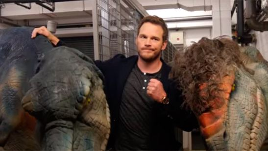 "'Jurassic World': Gastan una broma a Chris Pratt ""atacándole"" con dinosaurios"