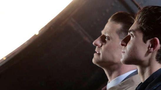 'Gotham': Primera imagen de Batseñal encendida en el último episodio de la cuarta temporada