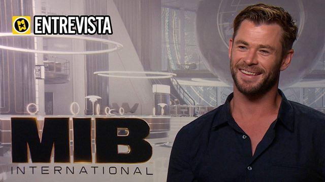 """Chris Hemsworth: """"Nunca pensamos que lo del martillo terminaría en 'Men in Black: International'. Es solo un guiño al Universo Marvel"""""""