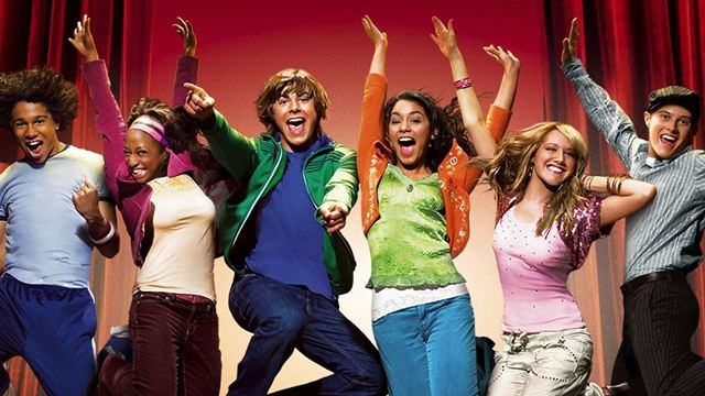 'High School Musical': Ashley Tisdale y Vanessa Hudgens bailan la mítica 'We're all in this together' en la cuarentena