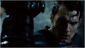 'Batman v Superman': El Caballero Oscuro y Kal-El, enfrentados en el tráiler final