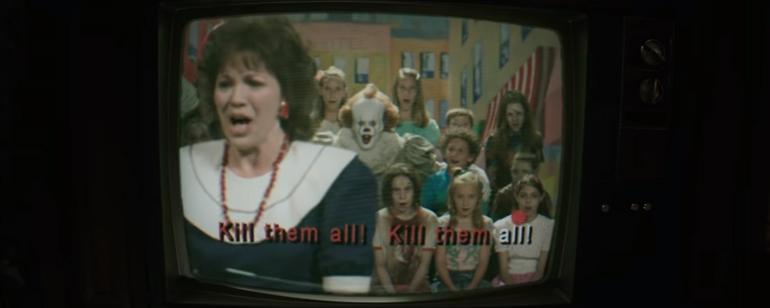 'It': Mira a Pennywise cantar 'Kill Them All' en el nuevo adelanto de la película