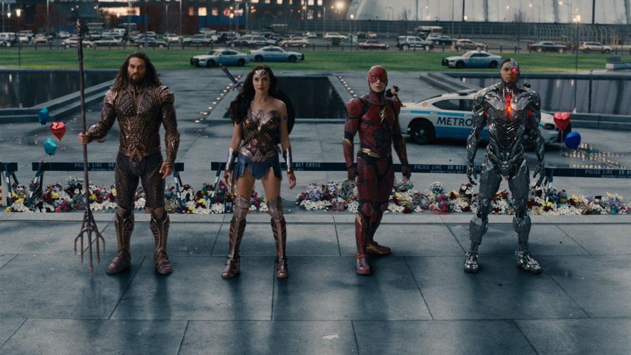 Zack Snyder revela los planes originales del universo DC antes del estreno de 'Liga de la Justicia' de Joss Whedon