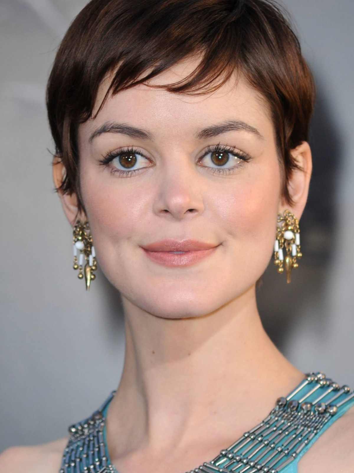 Nora Zehetner photo 25