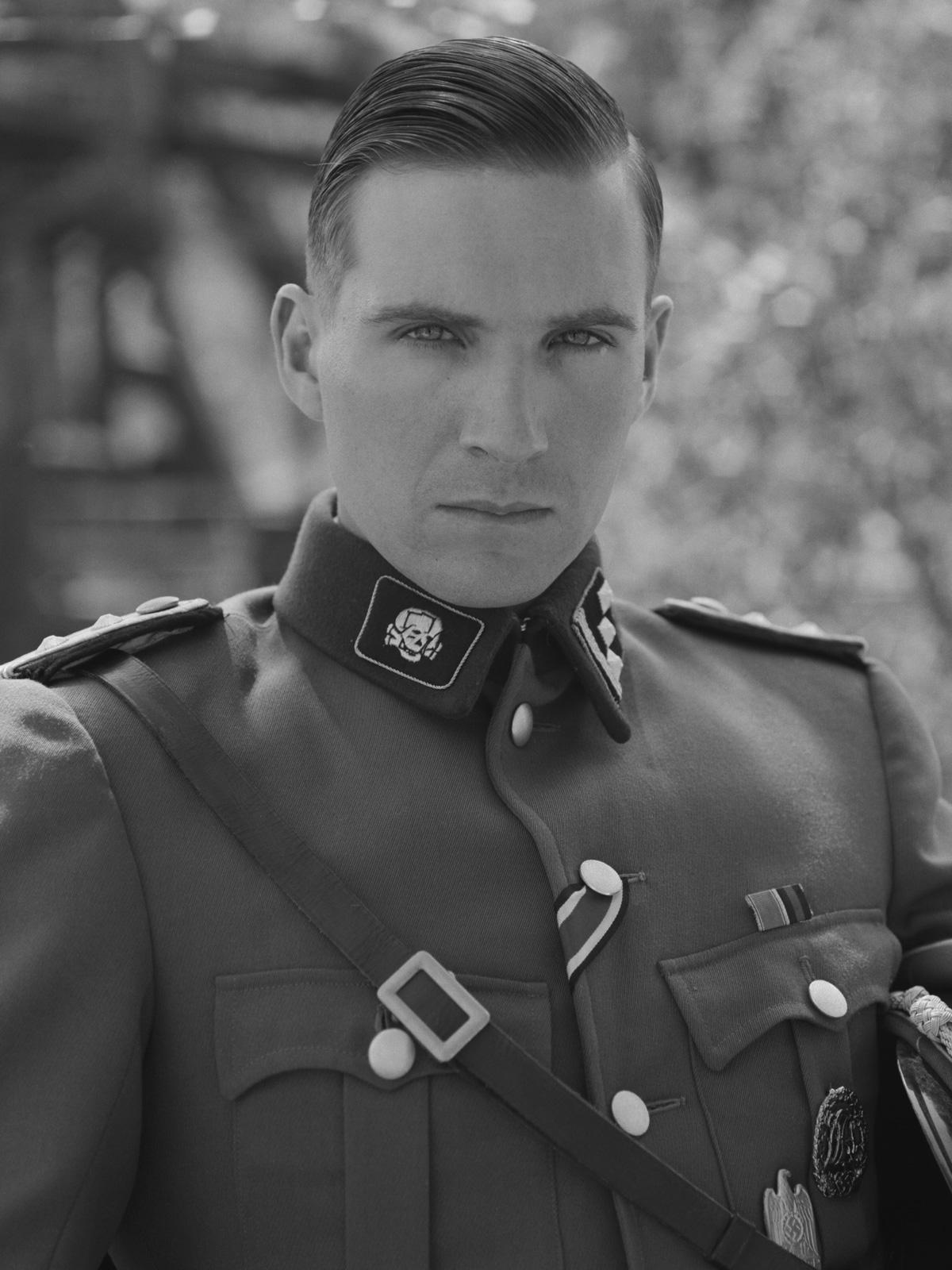 Foto de Ralph Fiennes - La lista de Schindler : Foto Ralph ...