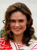 Emily Deschanel