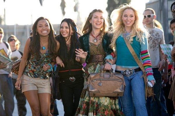 Bratz: La película : Foto Janel Parrish, Logan Browning, Nathalia Ramos, Sean McNamara, Skyler Shaye