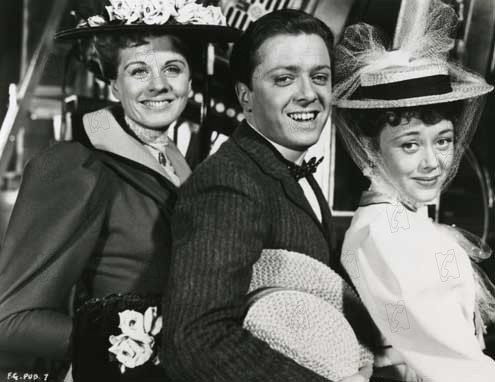Foto Glynis Johns, John Boulting, Margaret Johnston, Richard Attenborough
