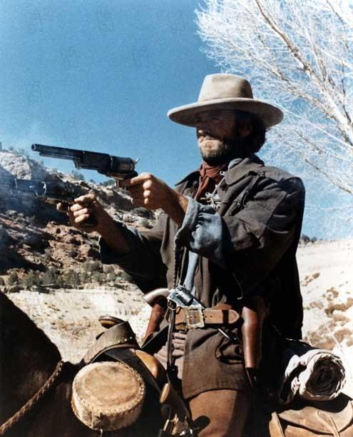 El fuera de la ley: Clint Eastwood