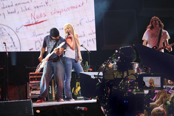Hannah Montana y Miley Cyrus: Lo mejor de ambos mundos, en concierto : Foto Bruce Hendricks, Miley Cyrus