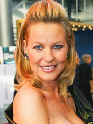 Anja Schute Nude Photos 91