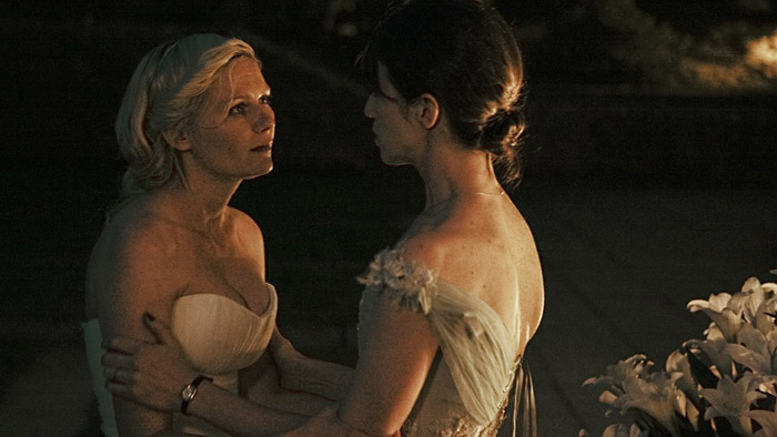 Melancolía: Charlotte Gainsbourg, Kirsten Dunst