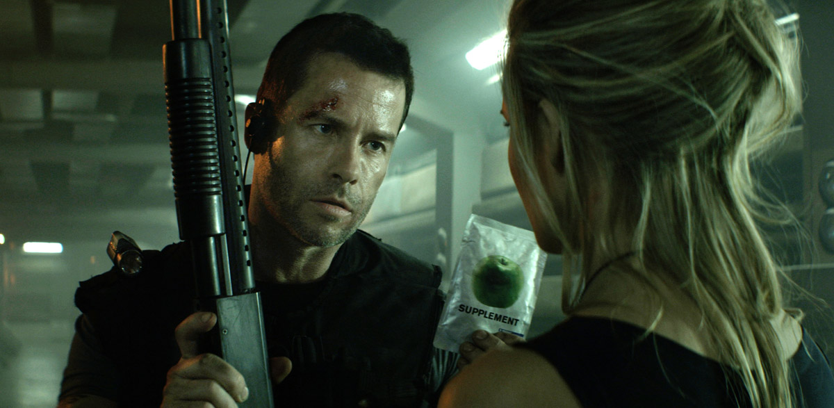 MS1: Máxima seguridad : Foto Guy Pearce, Maggie Grace, Stephen St. Leger