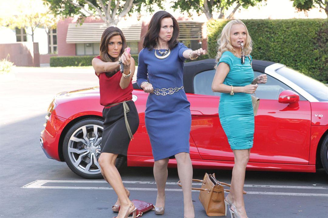 Foto Kristin Chenoweth, Marisol Nichols, Miriam Shor