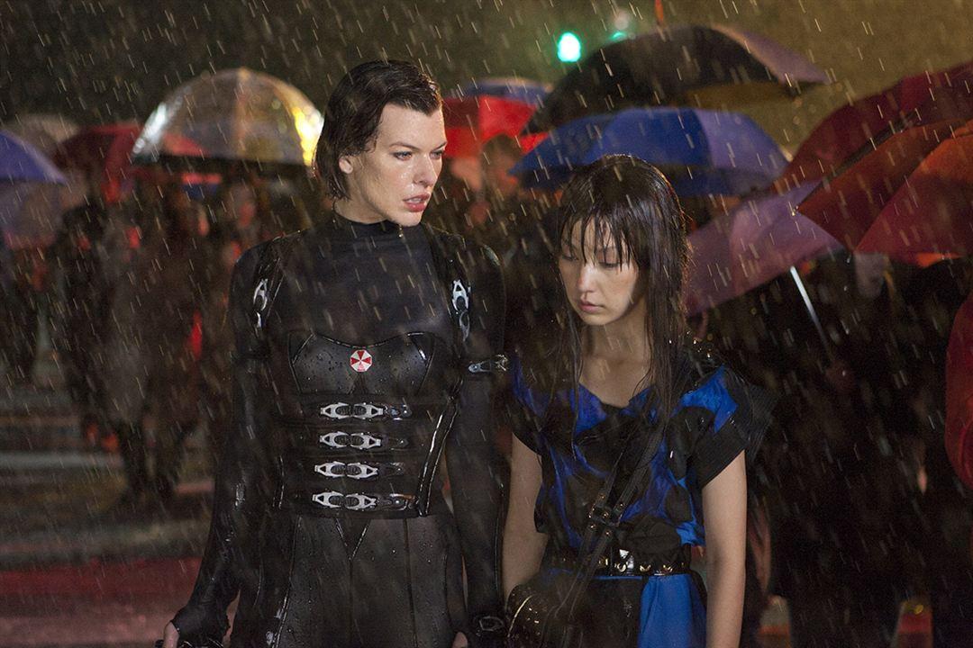 Resident Evil: Venganza : Foto Mika Nakashima, Milla Jovovich