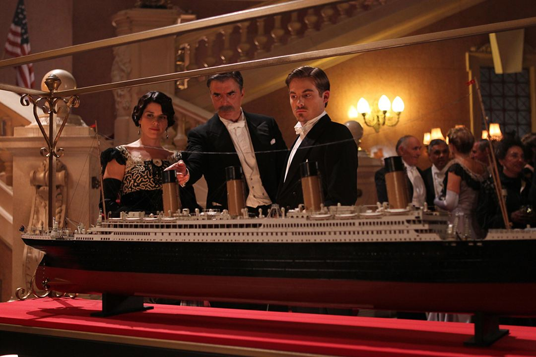 Foto Chris Noth, Kevin Zegers, Neve Campbell