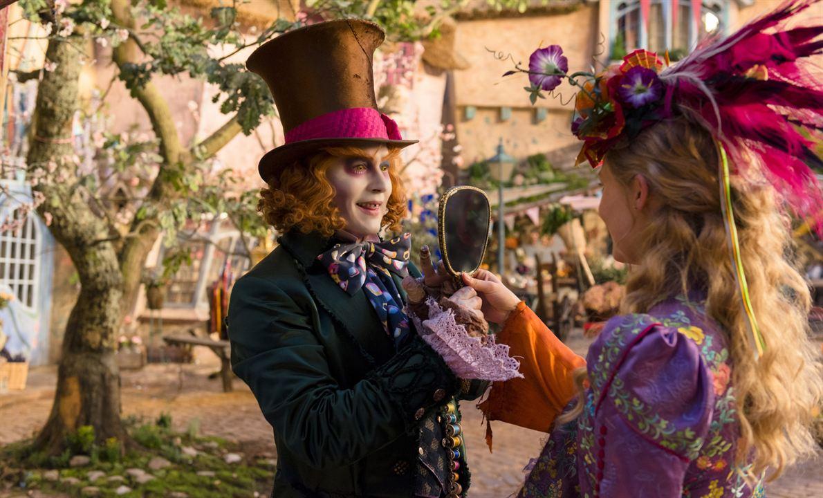 Alicia a través del espejo : Foto Johnny Depp, Mia Wasikowska