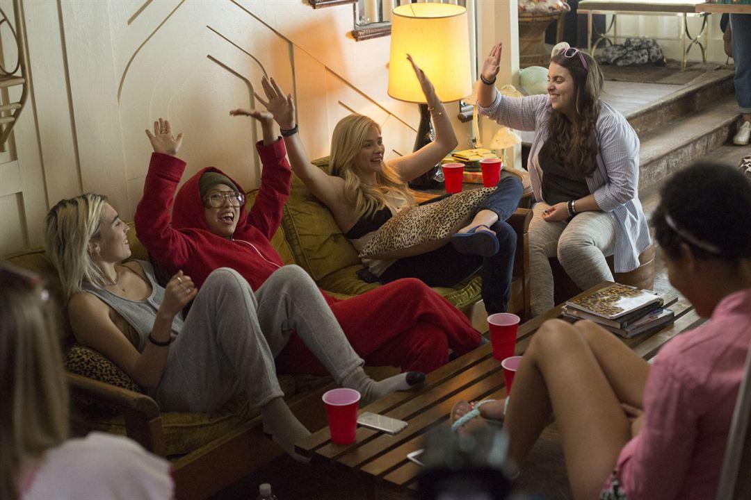 Malditos vecinos 2 : Foto Beanie Feldstein, Chloë Grace Moretz, Kiersey Clemons