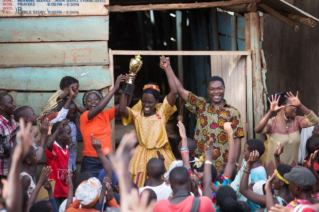 Queen Of Katwe : Foto David Oyelowo, Lupita Nyong'o, Madina Nalwanga