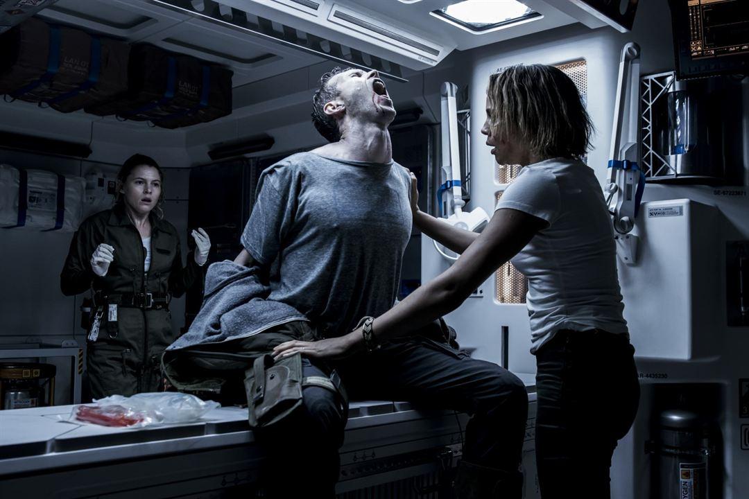 Alien: Covenant : Foto Amy Seimetz, Carmen Ejogo