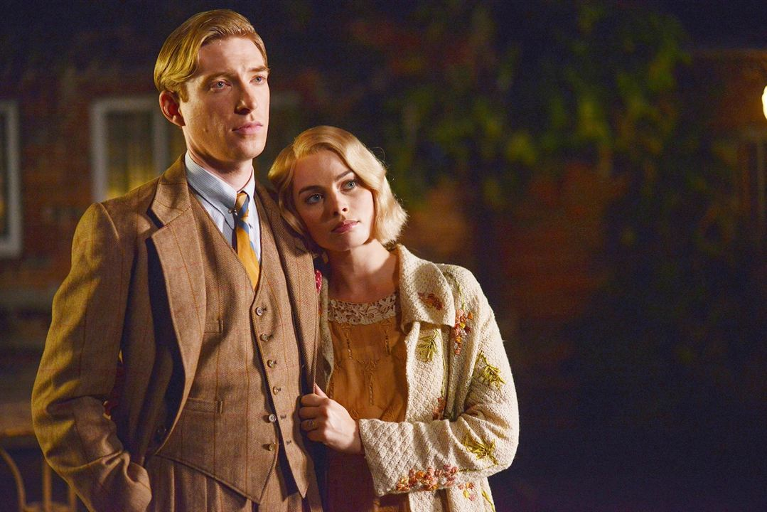Goodbye Christopher Robin : Foto Domhnall Gleeson, Margot Robbie