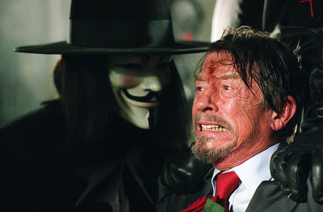 V de Vendetta : Foto Hugo Weaving, John Hurt