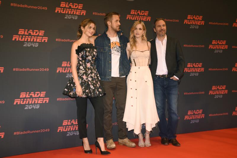 Blade Runner 2049 : Couverture magazine Ana de Armas, Denis Villeneuve, Ryan Gosling, Sylvia Hoeks