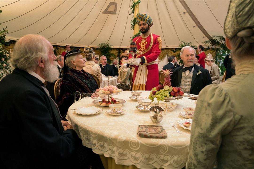 La reina Victoria y Abdul : Foto Ali Fazal, Judi Dench, Tim Pigott-Smith