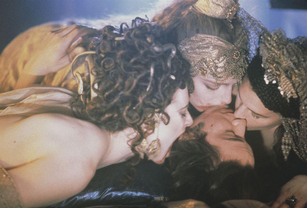 Drácula de Bram Stoker: Monica Bellucci, Keanu Reeves
