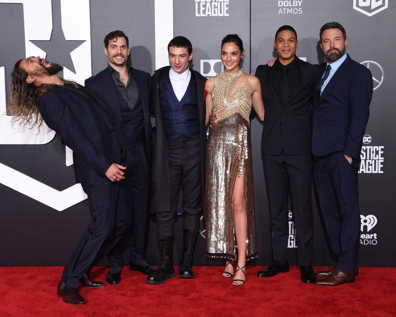 Liga de la Justicia : Couverture magazine Ben Affleck, Ezra Miller, Gal Gadot, Henry Cavill, Jason Momoa
