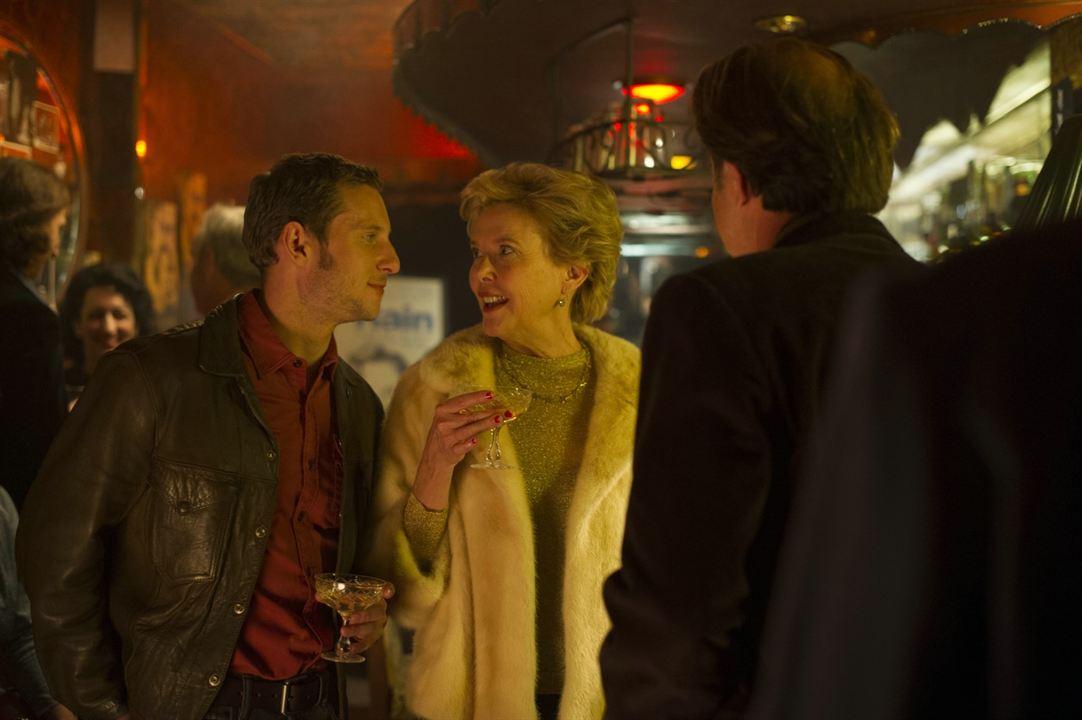 Las estrellas de cine no mueren en Liverpool : Foto Annette Bening, Jamie Bell