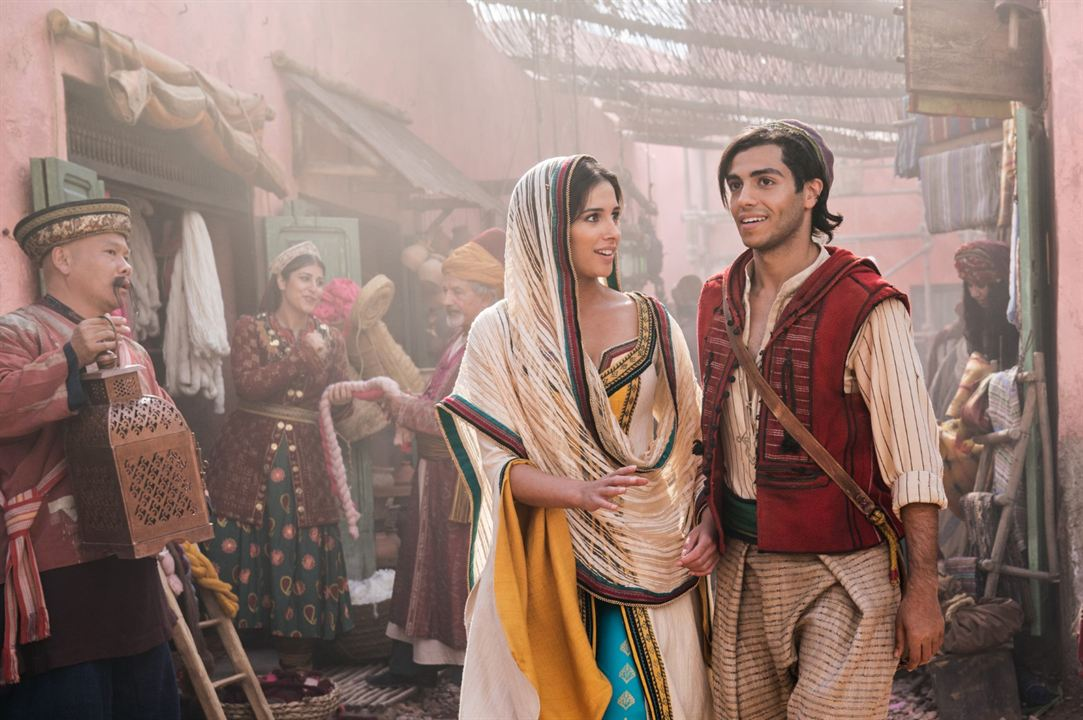 Aladdin : Foto Mena Massoud, Naomi Scott