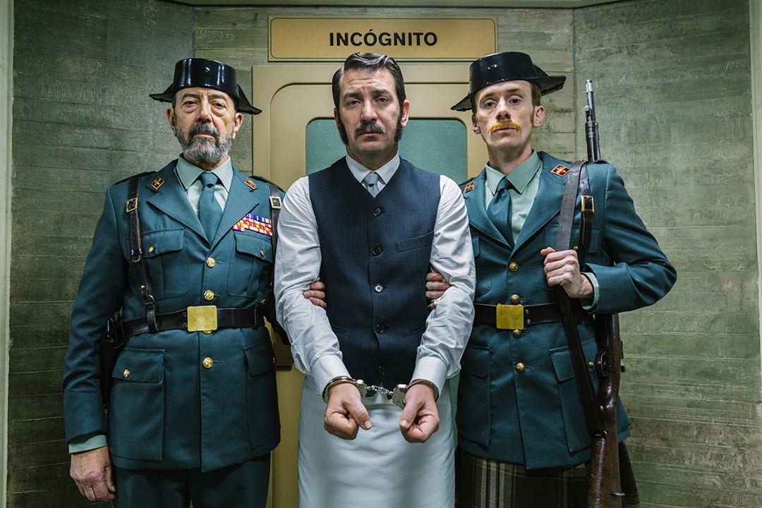 Tiempo después : Foto Arturo Valls, Daniel Pérez Prada, Miguel Rellán