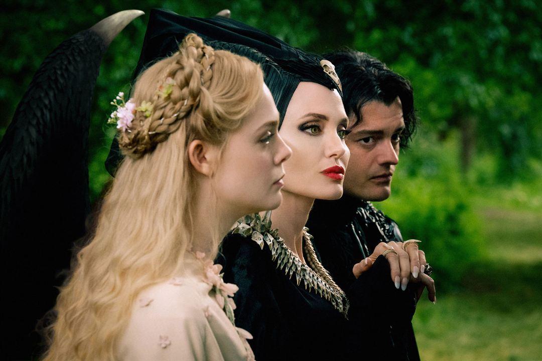 Maléfica: Maestra del mal : Foto Angelina Jolie, Elle Fanning, Sam Riley