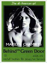 Tras la puerta verde