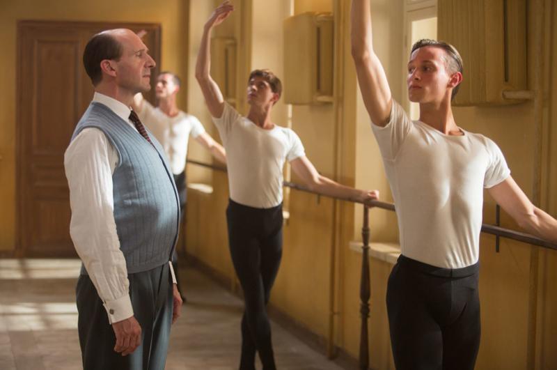 El bailarín dirigido por Ralph Fiennes