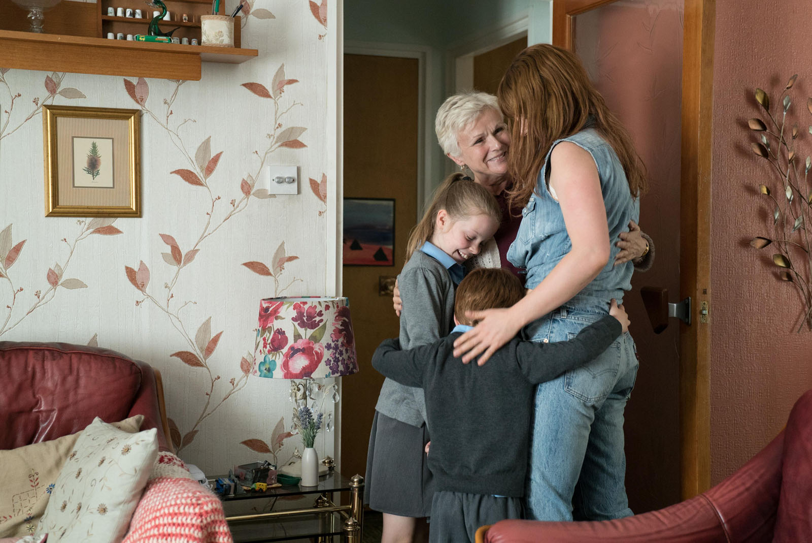 Julie Walters y Jessie Buckley en Wild Rose