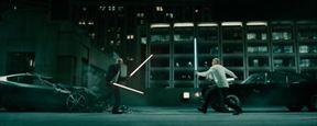 Mira la pelea entre Vin Diesel y Jason Statham en 'Fast & Furious 7'... ¡Con sables láser de 'Star Wars'!