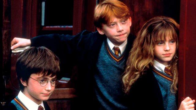 Escuela católica prohíbe libros de Harry Potter por tener hechizos reales