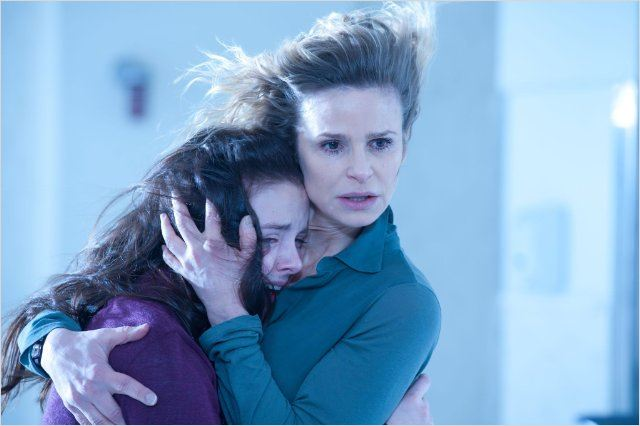 The Possession (El origen del mal) : foto Kyra Sedgwick, Madison Davenport