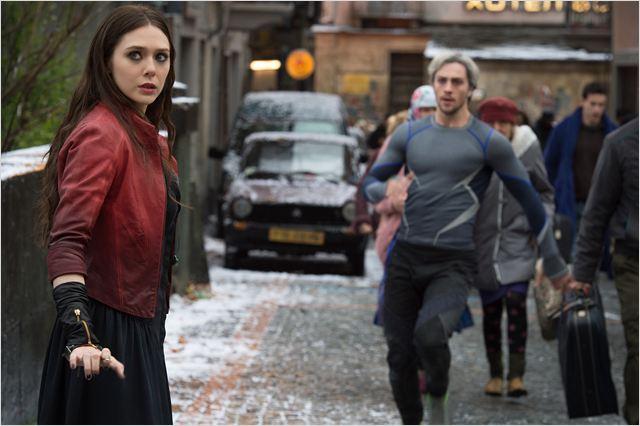 Vengadores: La era de Ultrón : Foto Aaron Taylor-Johnson, Elizabeth Olsen