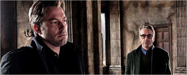 'Batman v Superman': Jeremy Irons confirma que Batman y Alfred no viven en la Mansión Wayne